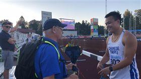 鄭兆村擲83公尺67  瑞典大獎賽奪金亞洲男子標槍紀錄保持人鄭兆村(右),26日在瑞典卡爾斯塔德舉辦的田徑大獎賽擲出本季次佳的83公尺67,勇奪金牌。(中華田協提供)中央社記者龍柏安傳真  107年7月26日
