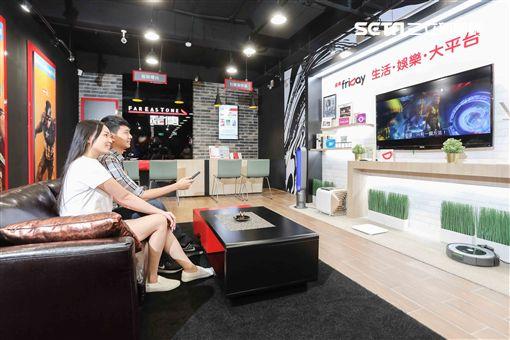 數位服務,中華電信,中華電信智慧門市,AI,智慧機器人,ibobby,遠傳電信