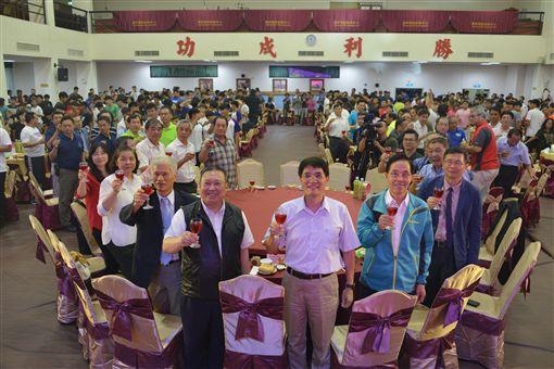 國訓中心董事長林騰蛟藉由餐會為亞運代表團壯行。(圖/體育署提供)