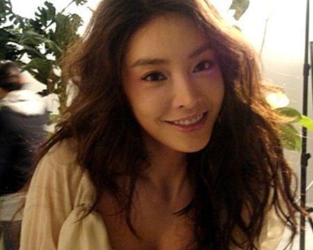 南韓29歲女星張紫妍,性交易,自殺(圖/翻攝自NAVER)