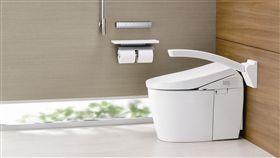 TOTO 居家衛浴及公共無障礙廁所新提案