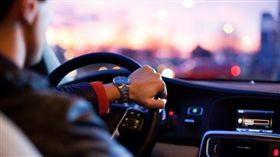 開車,駕駛(示意圖/翻攝自Pixabay)