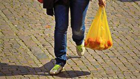 塑膠袋,英國,限塑,環保,零售業,政策,環境,購物,Michael Andrew Gove, 圖/翻攝自Pixabay https://goo.gl/MjtcQL