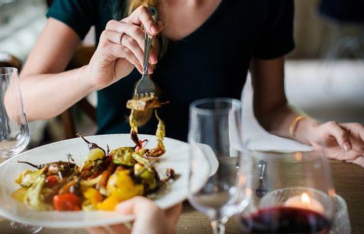 大餐、美食、工具人、買單、吃飯、飯局/Pixabay