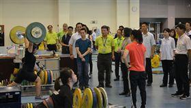 蔡總統視察國訓中心,並為亞運代表選手加油打氣。(圖/國訓中心提供)