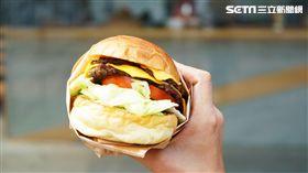臺虎精釀,手工美式漢堡。(圖/臺虎精釀提供)