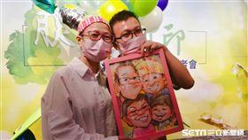 罹患胰臟癌的孫女士(左)第一線化療不到半年就失效,所幸接受胰臟癌新藥治療,腫瘤明顯縮小,至今已持續治療。(圖/記者楊晴雯攝)