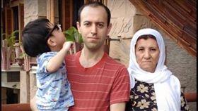庫德族難民摘數學界諾貝爾獎 領獎不久即遭竊(圖/翻攝自Rio ICM2018 YouTube)