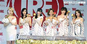 2018台北國際成人展六大AV女優(由左至右)椎名空、Julia、高橋聖子、明日花綺羅、橋本有菜、友