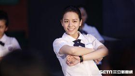 【帶我去月球】宋芸樺自彈自唱又跳又吻:沒贏就不能愛!/星泰娛樂提供