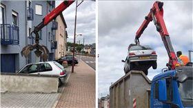 停車,車庫,機器手臂,油壓鉗,怪手 圖/翻攝自臉書