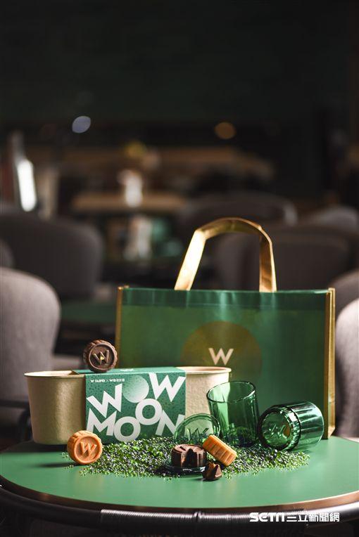 中秋月餅,禮盒包裝。(圖/台北W飯店提供)