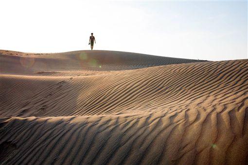 桃園有沙漠! 日本攝影師拍下草漯沙丘驚人美景│ 旅遊頻道│ 三立新聞 ...