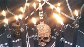 黑魔法(圖/翻攝自Wikimedia Commons) https://goo.gl/41kvpo