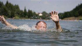 溺水、溺斃(示意圖/翻攝自pixabay)