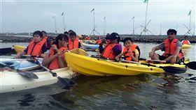 布袋暑期免費划獨木舟
