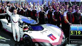 打破高懸35年紀錄 Porsche 919 Evo逆天征服紐柏林賽道(車訊網)