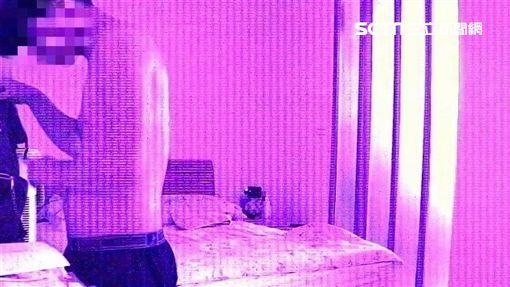 林男在女友住家行竊過程全被監視器拍得一清二楚(翻攝畫面)