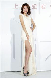 戲劇天后高宇蓁跨界保養品自創品牌「J.KAO」面膜,晉生頭家娘。(記者邱榮吉/攝影)