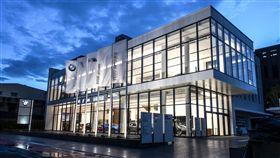 BMW全台首座5S全功能旗艦展示暨服務中心。(圖/BMW提供)