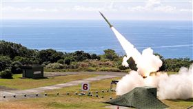 漢光演習 國軍發射愛國者二型飛彈國軍漢光34號實彈實兵演練,空軍防空部隊5日在屏東九鵬基地進行愛國者二型(圖)飛彈實彈射擊,攔截來襲的敵機與彈道飛彈,均成功命中目標。(國防部提供)中央社記者游凱翔傳真 107年6月5日