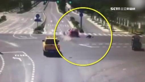 駕駛擅開車門!撞倒女子又遭水泥車輾