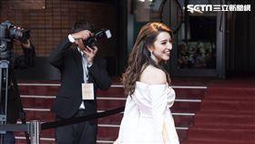 Lara梁心頤演技噴發,呈現女主角心機和勢利眼。(圖/妹妹娃娃多媒體)