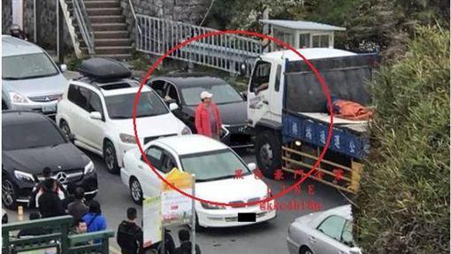 台中,武嶺,逆向,黑色豪門企業,Lexus(圖/翻攝黑色豪門企業)