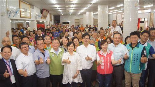 ▲打造新門戶,陳其邁推左營大車站計畫。(圖/陳其邁辦公室提供)