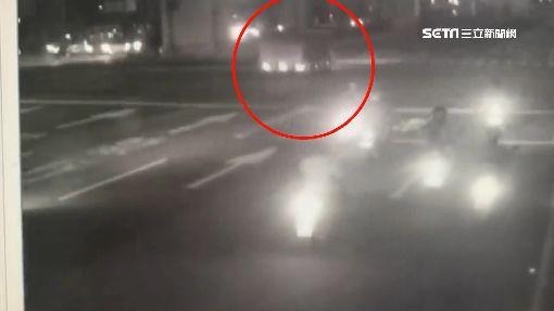 貨車闖紅燈撞機車 騎士噴飛不治