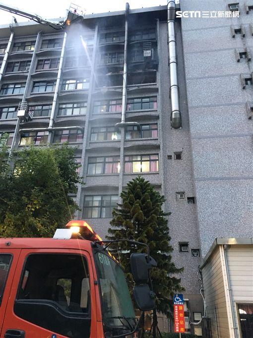 台北醫院護理之家火警火警/新北市消防局提供
