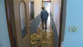 滿潮水淹民宅 高市評估築堤或設防潮閘門
