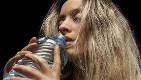 喝水,飲水(圖/翻攝自Pixabay)