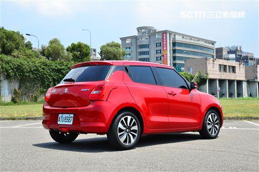 Suzuki Swift 1.0。(圖/鍾釗榛攝影)