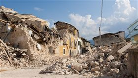 龍目島強震罹難者增至131人 逾15萬人無家可歸