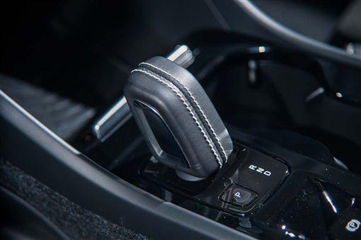 Volvo XC40 T5 R-Design(圖/車訊網)