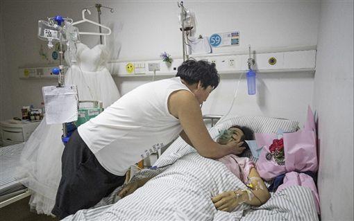 為白血病女友辦婚禮 準新娘突病逝…他哽咽:早認識就好了圖翻攝自搜狐https://www.sohu.com/picture/246842190