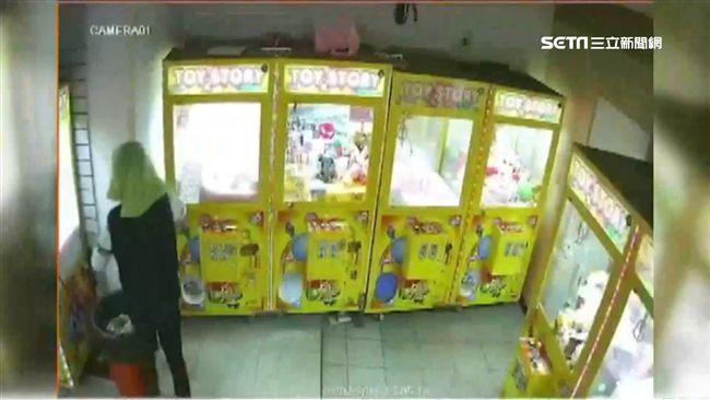 娃娃機店恐變犯罪溫床 警將列臨檢點