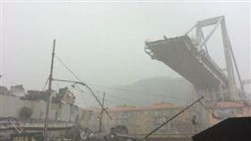 義大利,熱那亞,高架橋,倒塌,傷亡(圖/翻攝自Mark Stone Twitter)