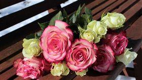 玫瑰花,花束(示意圖/翻攝自Pixabay)