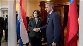 蔡英文總統日前與巴國新任總統阿布鐸進行雙邊會談。(圖/總統府提供)