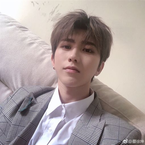 EXO 蔡徐坤/翻攝自IG 微博