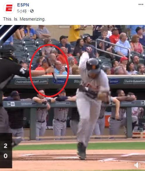 打者超狂甩棒!竟被主審一個動作完爆 MLB,甩棒,主審,Nicholas Castellanos,全壘打 翻攝自臉書《ESPN》