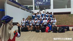 ▲台灣游泳隊在雅加達GBK園區精神喊聲。(圖/記者蕭保祥攝)