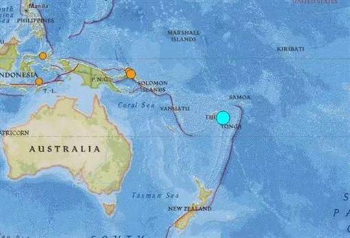 太平洋群島發生強烈地震,美國地質調查局測得斐濟規模8.2、東加8.0。(圖/USGS)