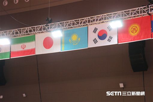 ▲日本與韓國國旗。(圖/記者蕭保祥攝)