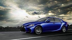現行版Lexus IS。(圖/翻攝Lexus網站)