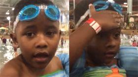 蛙鏡,小孩,親子,健忘,臉上,游泳,戲水,帽子,行為,泳池 圖/翻攝自YouTube http://youtu.be/oOD9JAaSwVk