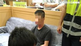 台北,高院,刑事庭,機警,法警,上吊,自殺,輕生(圖/翻攝畫面)