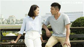 楊晴(楊晴飾)與宋志強(羅平飾) 聊著各自的感情觀。(圖/TVBS提供)